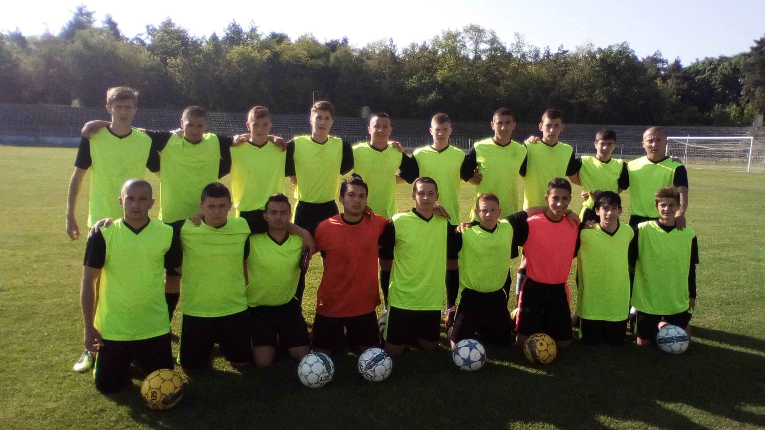 Нашите футболисти са шести в България!