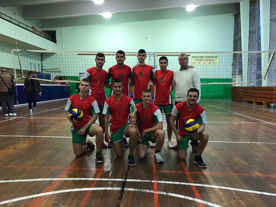"""Нови волейболни успехи за НПТГ """"Шандор Петьофи"""""""