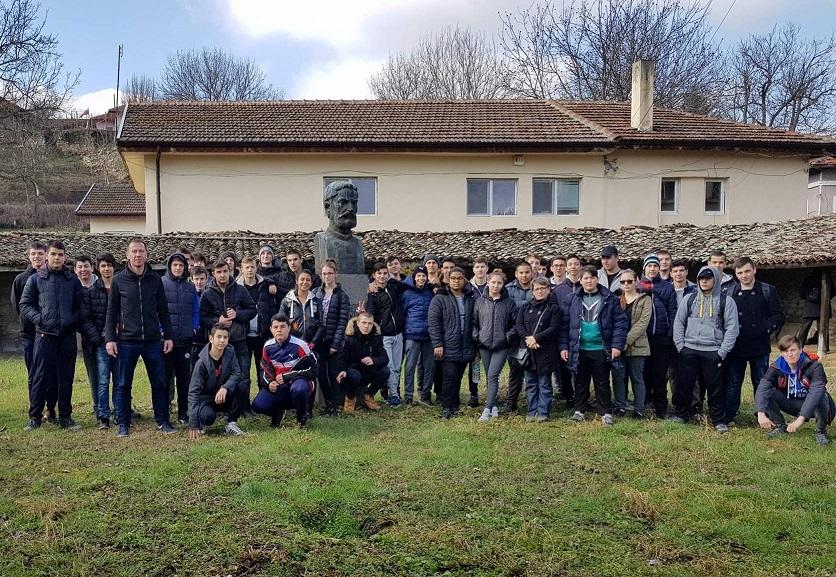 Традиционен поход в чест на Васил Левски